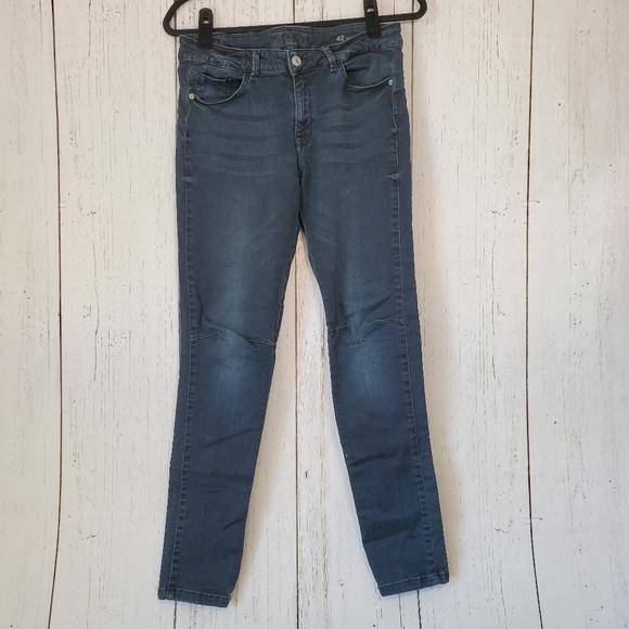 Zara Mid-Rise Skinny Fit Z1975 Denim Jeans Size 10